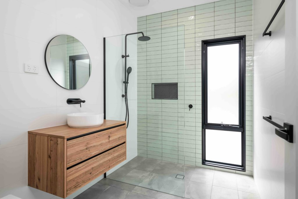 5Clarencetown – SIGNATURE HOME TILE PICTURE